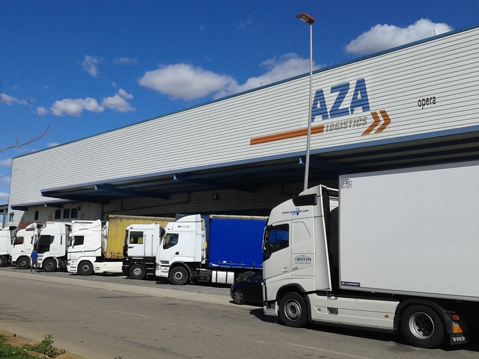 INTEGRAL MANAGEMENT OF WAREHOUSE AND TRANSPORT